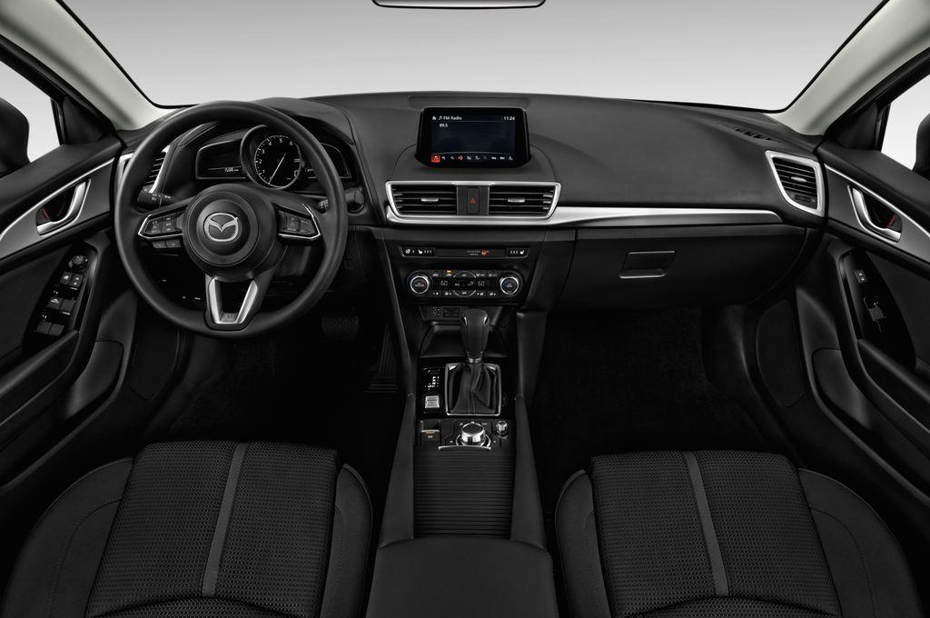 Mazda 3 Center-Line Kompaktklasse (2013 - heute) 4 Türen Cockpit und Innenraum