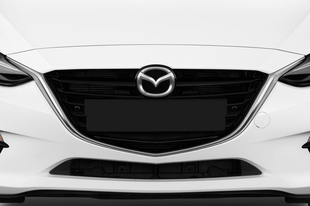 Mazda 3 Sports-Line Kompaktklasse (2013 - heute) 4 Türen Kühlergrill und Scheinwerfer