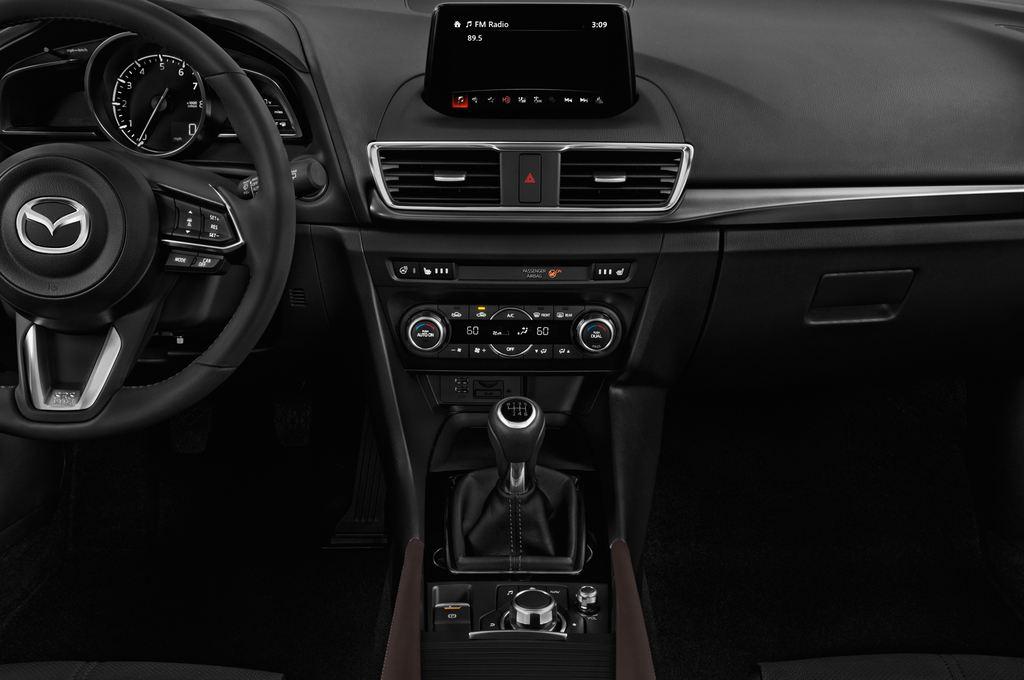 Mazda 3 Sports-Line Kompaktklasse (2013 - heute) 5 Türen Mittelkonsole