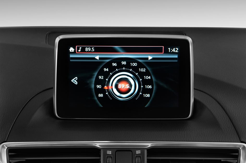 Mazda 3 Sports-Line Kompaktklasse (2013 - heute) 4 Türen Radio und Infotainmentsystem