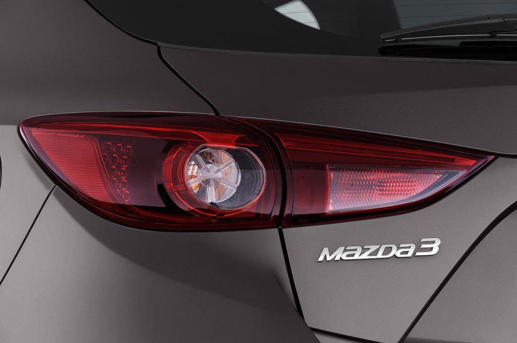 Mazda 3 Center-Line Kompaktklasse (2013 - heute) 5 Türen Rücklicht