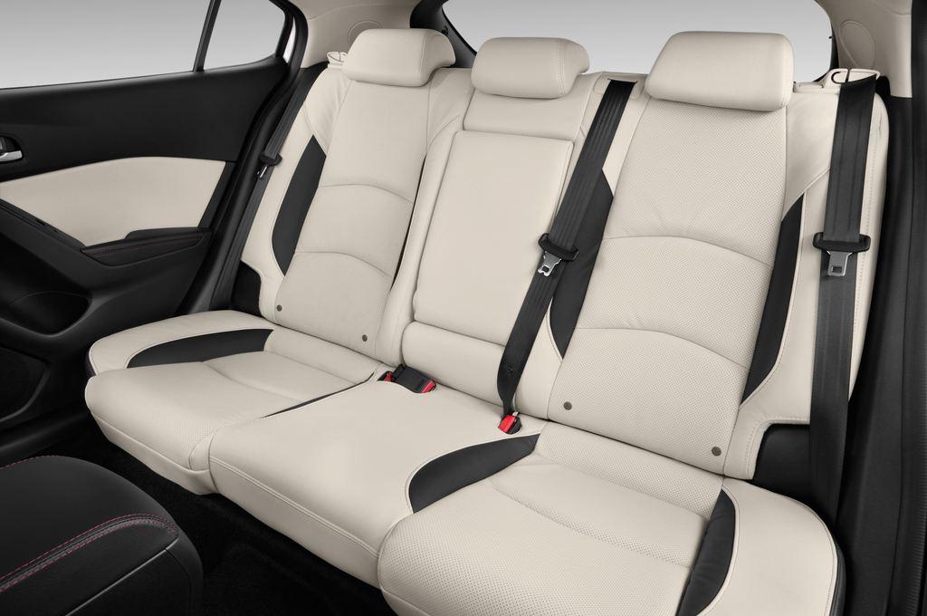 Mazda 3 Sports-Line Kompaktklasse (2013 - heute) 4 Türen Rücksitze