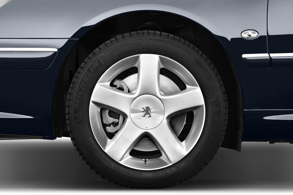 Peugeot 607 Platinum Limousine (2000 - 2010) 4 Türen Reifen und Felge
