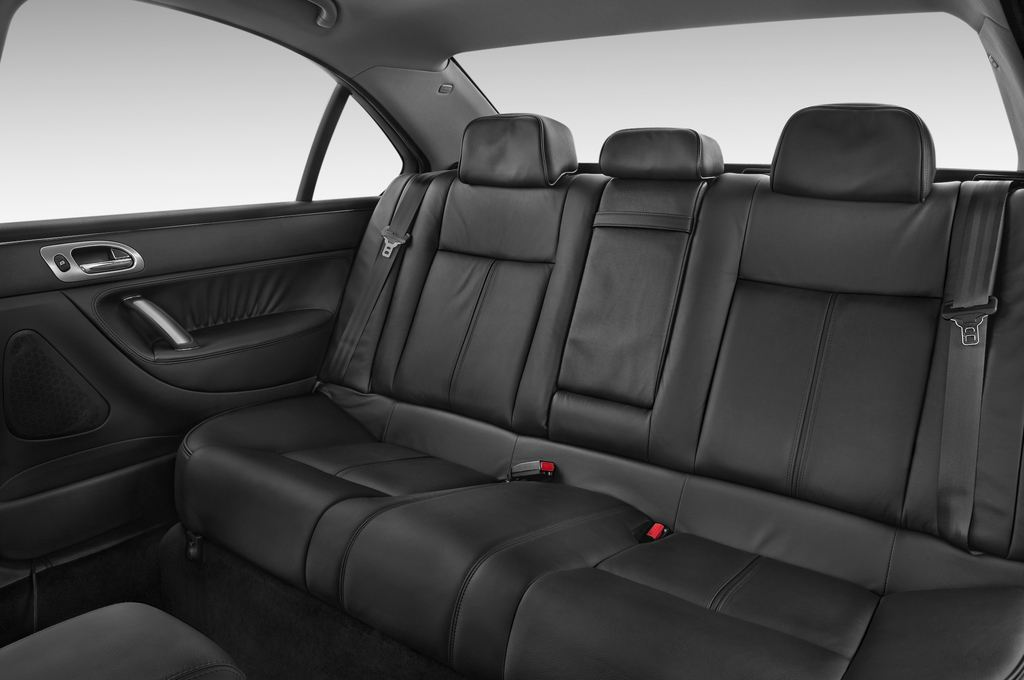 Peugeot 607 Platinum Limousine (2000 - 2010) 4 Türen Rücksitze