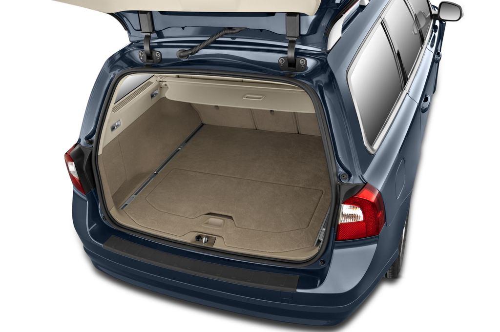 Volvo V70 Kinetic Kombi (2007 - 2016) 5 Türen Kofferraum