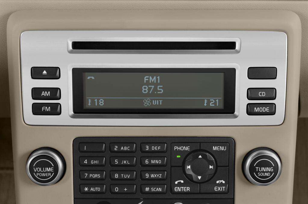 Volvo V70 Kinetic Kombi (2007 - 2016) 5 Türen Radio und Infotainmentsystem