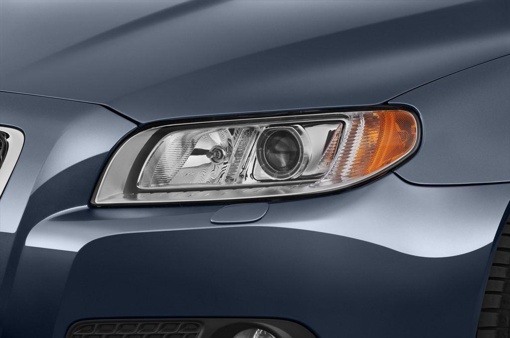 Volvo V70 Kinetic Kombi (2007 - 2016) 5 Türen Scheinwerfer
