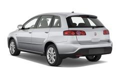 Fiat Croma Emotion Kombi (2005 - 2010) 5 Türen seitlich hinten