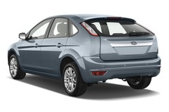 Ford Focus Ghia Limousine (2004 - 2010) 5 Türen seitlich hinten