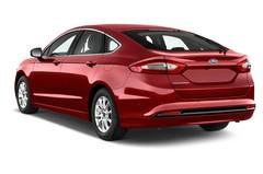 Ford Mondeo Titanium Limousine (2014 - heute) 5 Türen seitlich hinten