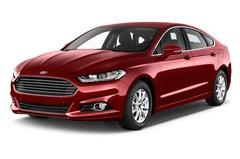 Ford Mondeo Titanium Limousine (2014 - heute) 5 Türen seitlich vorne