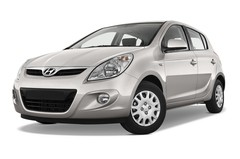 Hyundai i20 Classic Kleinwagen (2008 - 2014) 5 Türen seitlich vorne mit Felge