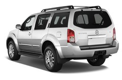 Nissan Pathfinder LE SUV (2004 - 2013) 5 Türen seitlich hinten