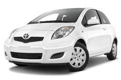 Toyota Yaris Cool Kleinwagen (2005 - 2011) 3 Türen seitlich vorne mit Felge