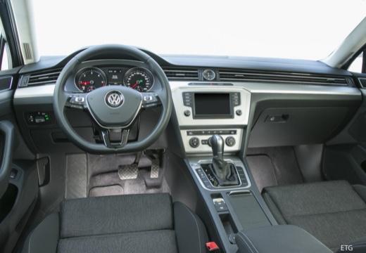 VW Passat Variant 1.4 TSI ACT BlueMotion Techno. DSG (seit 2015) Armaturenbrett