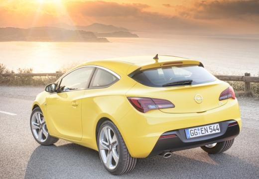 Opel Astra GTC 1.4 Turbo (2016-2016) Heck + rechts