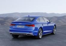 Audi A5 Sportback 3.0 TDI quattro tiptronic (seit 2017) Heck + rechts