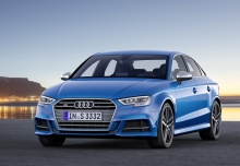 AUDI S3 (seit 2016) Front + links
