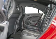 Mercedes-Benz CLA 220 4Matic 7G-DCT (seit 2016) Innenraum