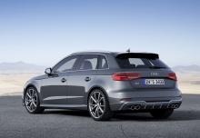 Audi S3 Sportback (2016-2016) Heck + links