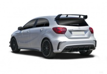 Mercedes-Benz AMG A 45 4Matic AMG Speedshift 7G-DCT (seit 2015) Heck + links