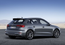 Audi S3 Sportback (2016-2016) Heck + rechts
