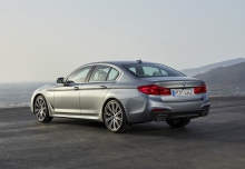 BMW 520d (seit 2016) Heck + links