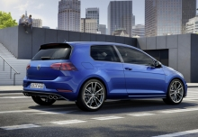 VW Golf R 4Motion BlueMotion Technology (seit 2017) Heck + rechts