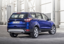 Ford Kuga 1.5 EcoBoost 2x4 (seit 2016) Heck + rechts