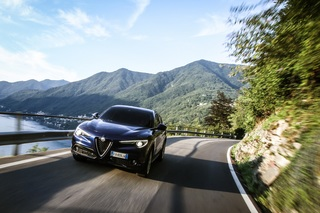 Fahrbericht: Alfa Romeo Stelvio mit neuen Motoren - Nach unten ausg...