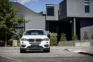 Test: BMW X6 xDrive35i - Durch die breite Masse