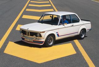 BMW 4er Gran Coupé vs. 2002 Turbo - Turbulenzen der wilden und gemä...