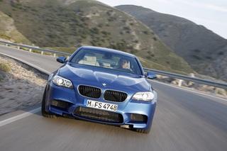 BMW M5 - Business-Bolide mit Trinkhemmung (Kurzfassung)