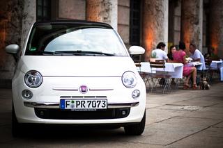 Fiat 500 und Punto Evo mit neuem Navisystem