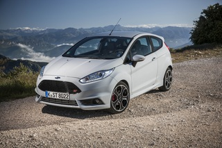 Ford Fiesta ST200 - Extra-Power im Tarn-Look (Kurzfassung)