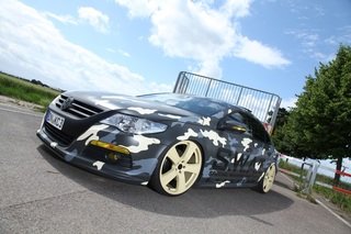 Getunter VW Passat CC - Coupé in Camouflage