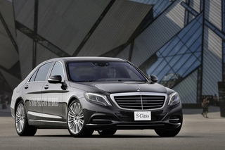 Mercedes S 500 Plug-in-Hybrid -  Strom hilft sparen