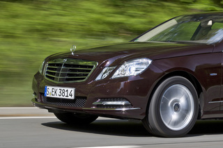 Mercedes E-Klasse - Rund und hilfreich