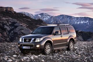 Nissan Pathfinder/Navara: Beistand von oben (Kurzfassung)