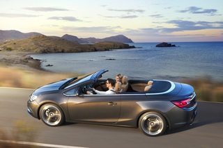 Opel Cascada - Frischer Wind für die Cabrio-Klasse