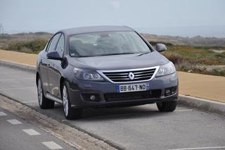 Renault Latitude - Ab 399 Euro Miete