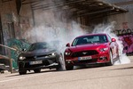 Chevrolet Camaro V8 gegen Ford Mustang V8 im Test: US-Muscle-Cars i...