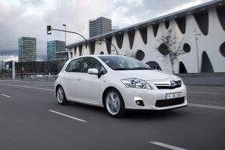 Neuer Toyota Auris - Wieder mit Hybridantrieb – erstmals auch als K...