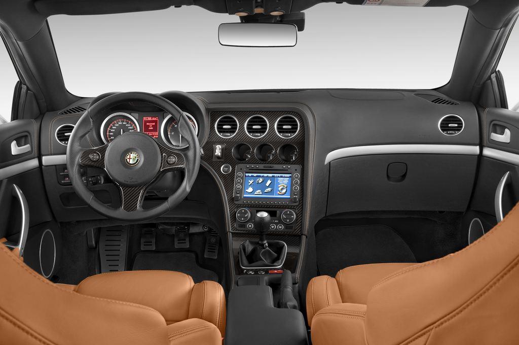 Alfa Romeo Brera - Coupé (2005 - 2011) 3 Türen Cockpit und Innenraum