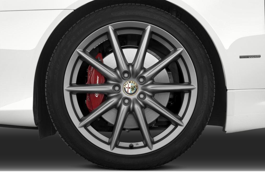 Alfa Romeo Brera - Coupé (2005 - 2011) 3 Türen Reifen und Felge
