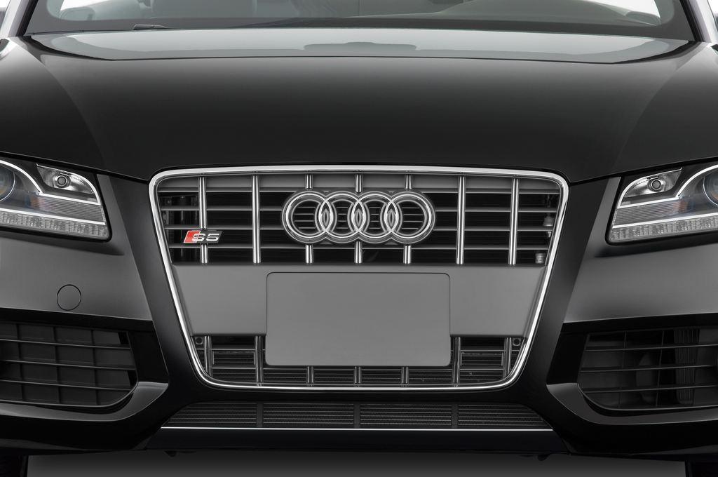 Audi S5 - Cabrio (2009 - 2016) 2 Türen Kühlergrill und Scheinwerfer