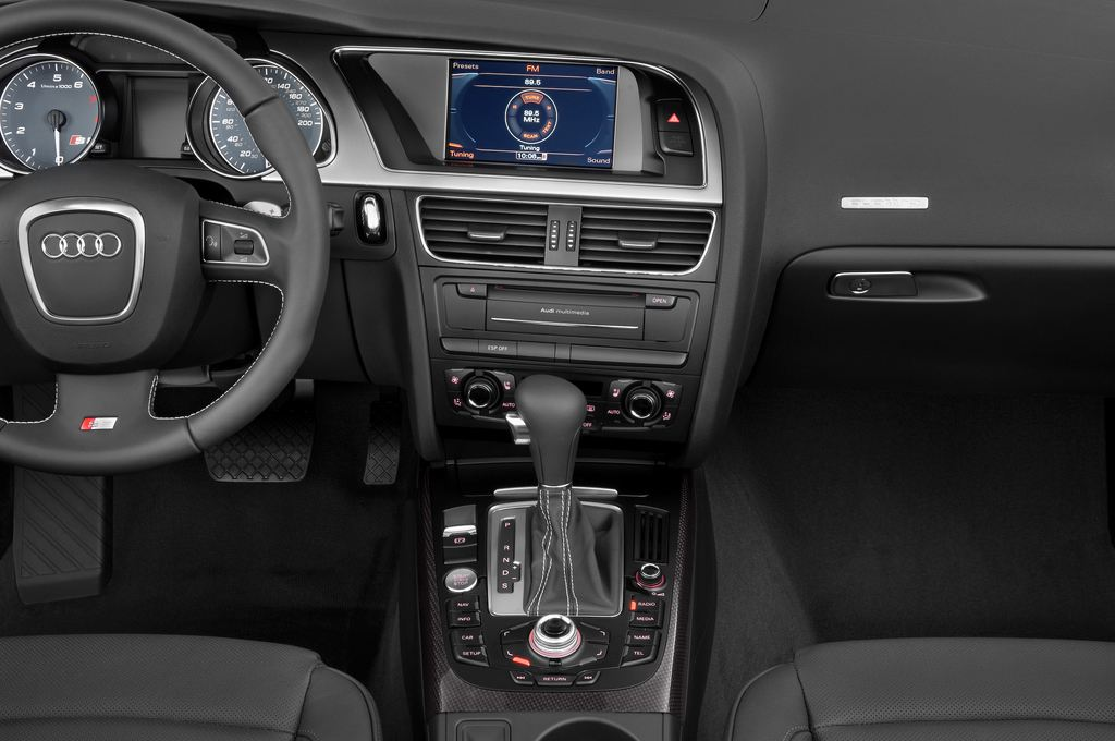Audi S5 - Cabrio (2009 - 2016) 2 Türen Mittelkonsole