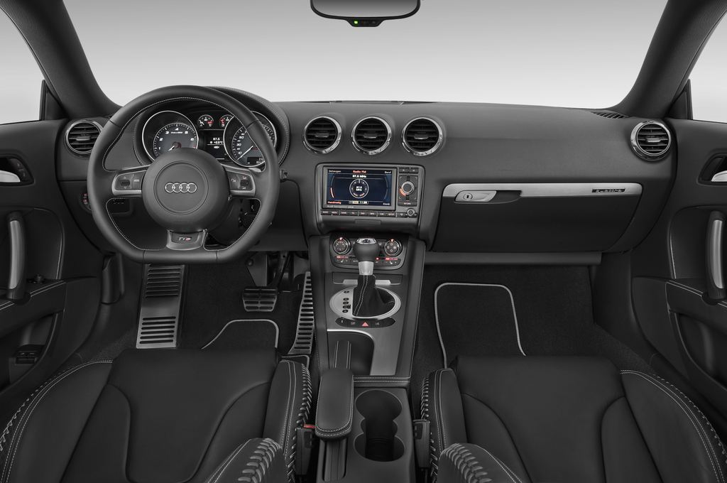 Audi TT - Coupé (2006 - 2014) 3 Türen Cockpit und Innenraum