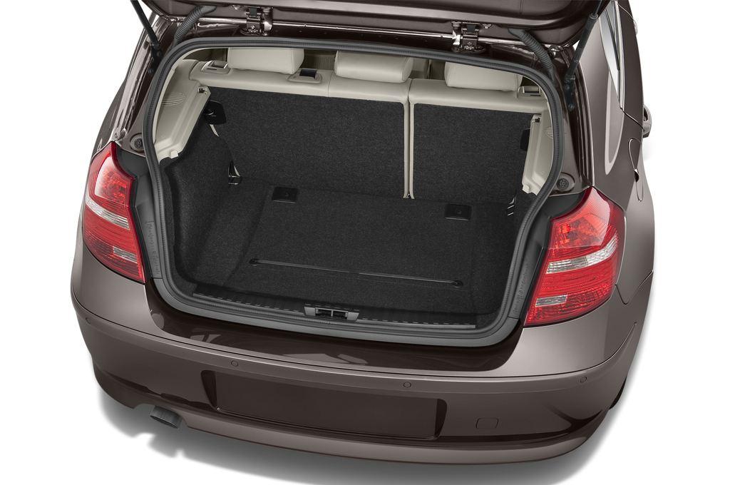 BMW 1er 130i Kompaktklasse (2004 - 2013) 5 Türen Kofferraum