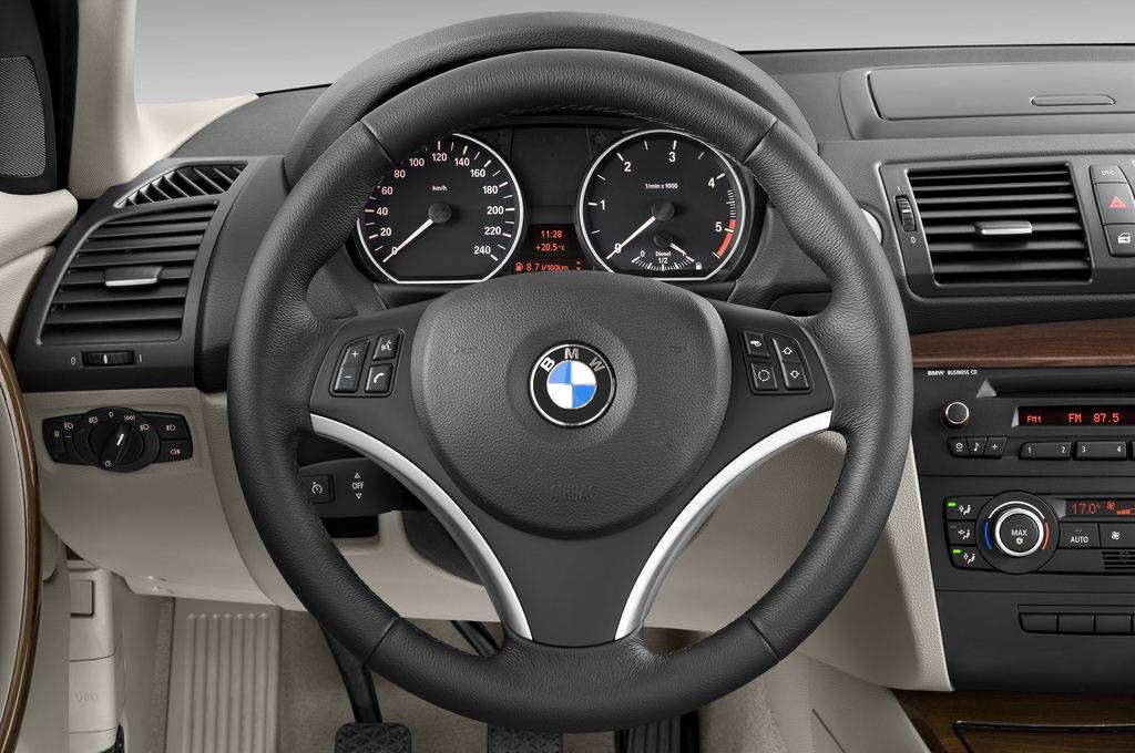 BMW 1er 130i Kompaktklasse (2004 - 2013) 5 Türen Lenkrad